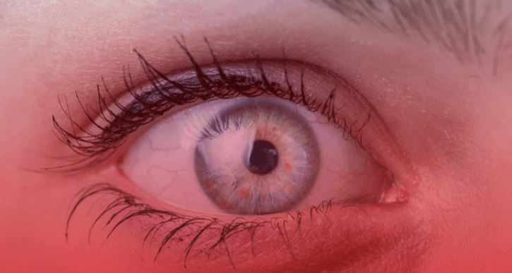 eye with red background