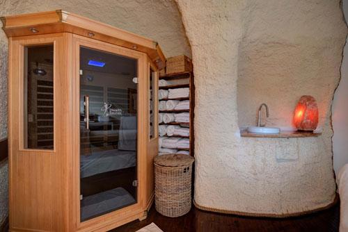 salt-caves-sauna-01