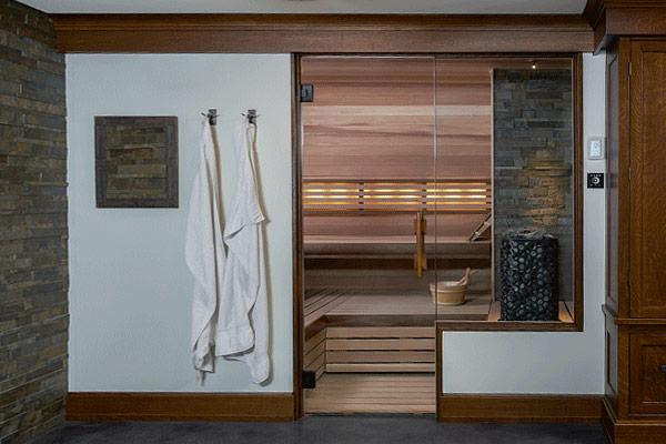 Custom built sauna comfort style