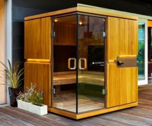 Self assembly sauna glass-door