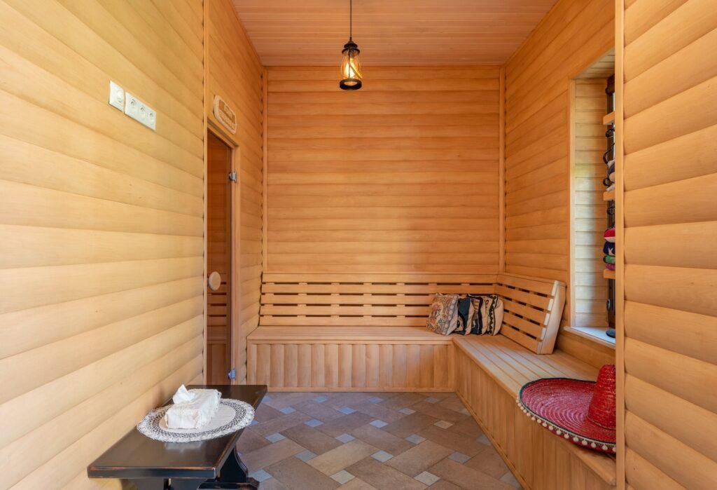 Steam Sauna Vs. Infrared Sauna: Which One Is Better?